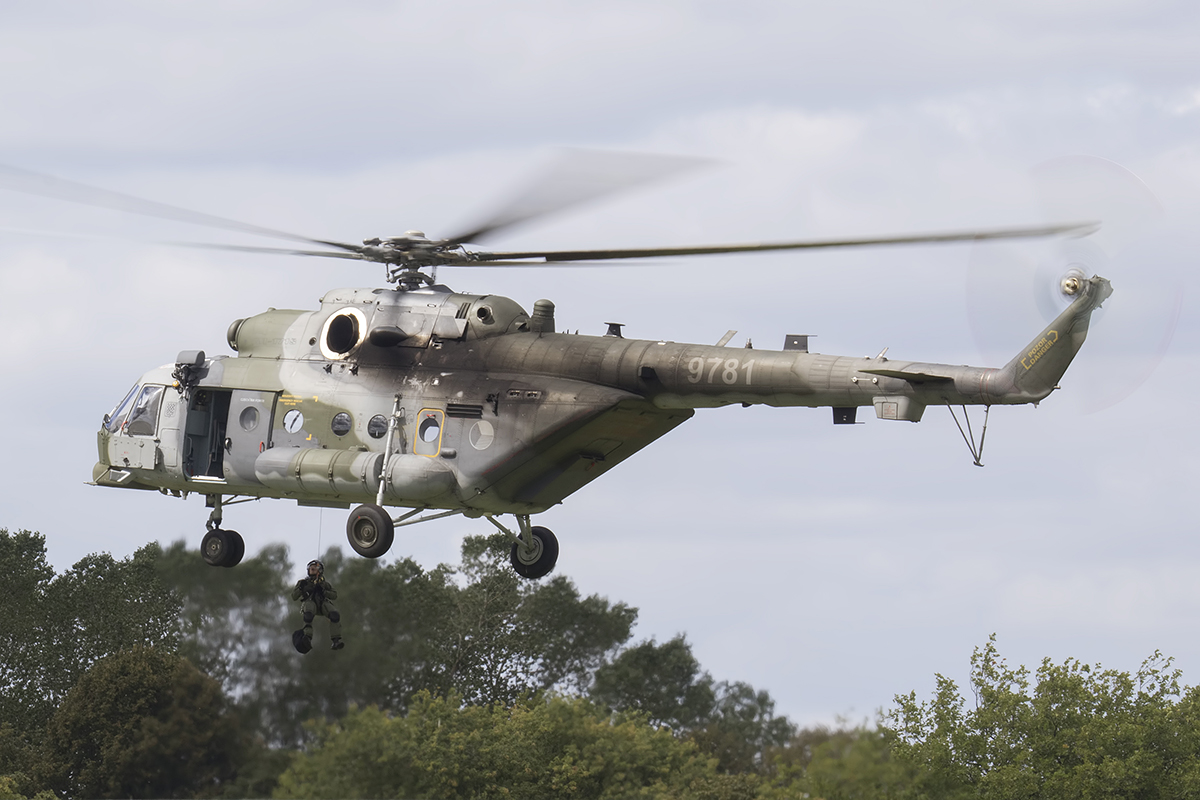 Biggin Hill Festival of Flight By UK Airshow Review on snake hill, gun hill, sand hill, tower hill, house hill,